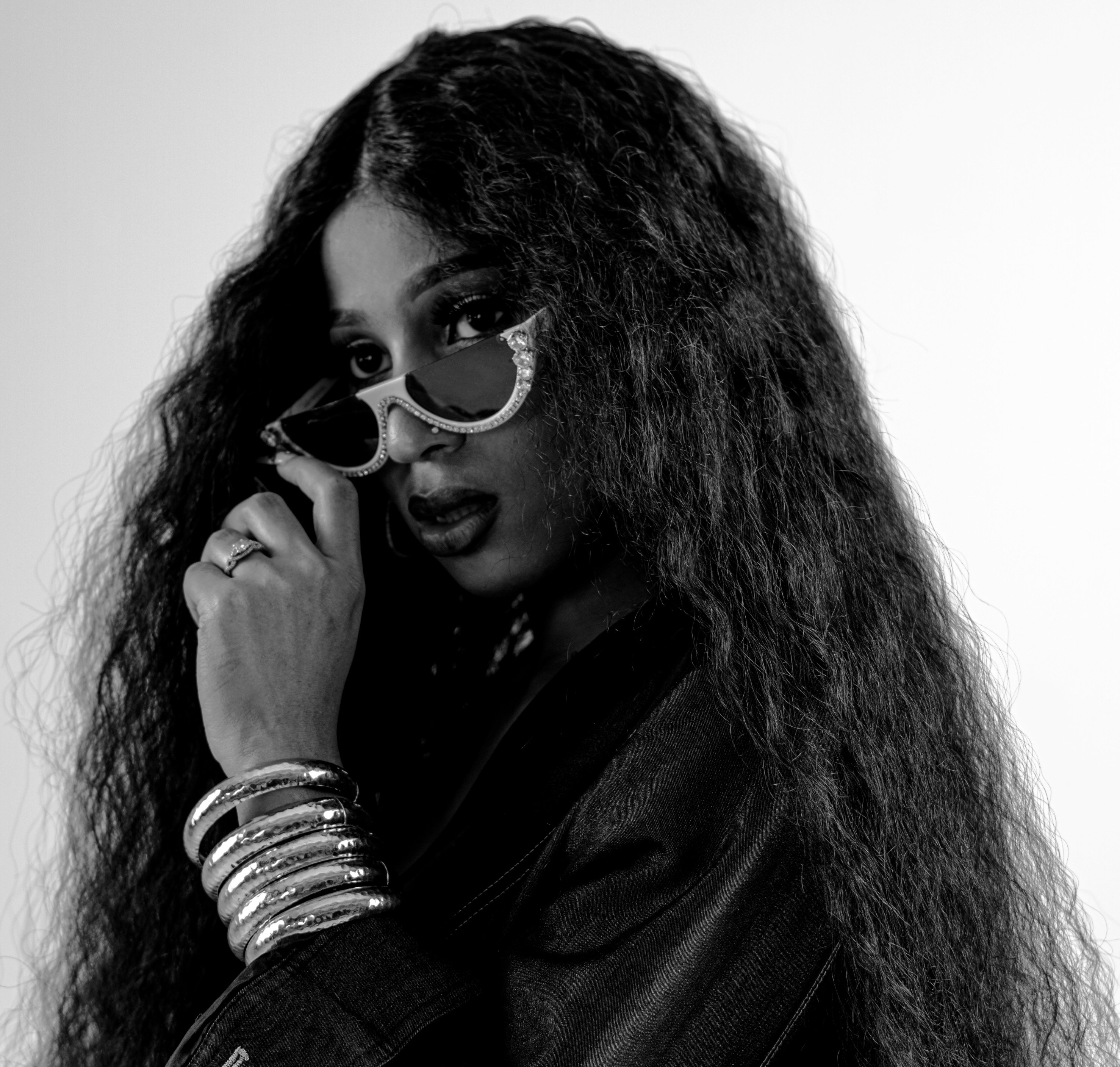Miss Kam is Finding Herself As an Artist, and Coming For the Crown